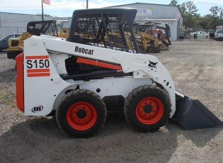 Аренда мини-погрузчика Bobcat S150 по цене от 957 руб./час