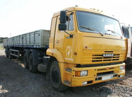 Длинномер КАМАЗ (9 метров) по цене от 935 руб./час