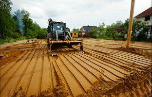 Отсыпка и выравнивание земельного участка по цене от 255 руб./м³