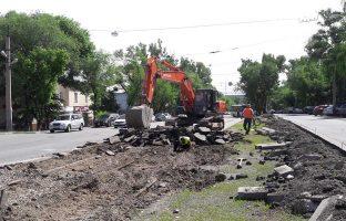 Демонтаж асфальтового покрытия по цене от 43 руб./м²